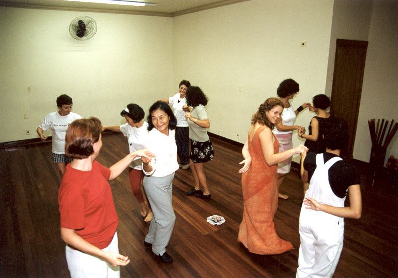 Benefícios das Danças Circulares